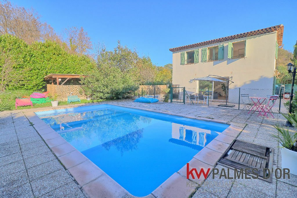 Villa in Saint Paul de Vence, Provence-Alpes-Côte d'Azur, France 1