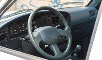 1993 Toyota Hilux Crew Cab