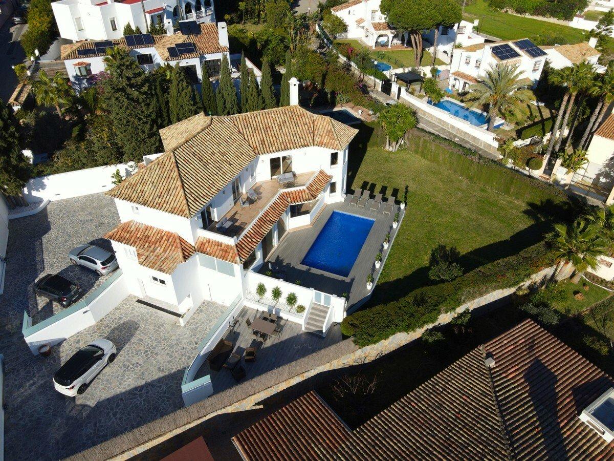 Villa in Estepona, Andalusia, Spain 1 - 11346959