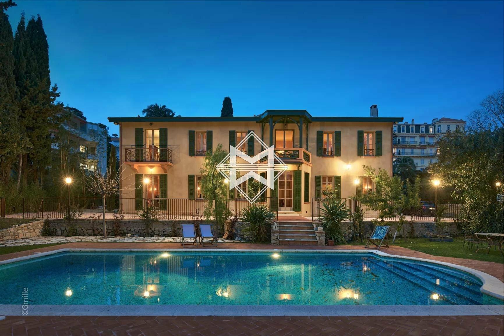Villa in Cannes, Provence-Alpes-Côte d'Azur, France 1 - 11148966