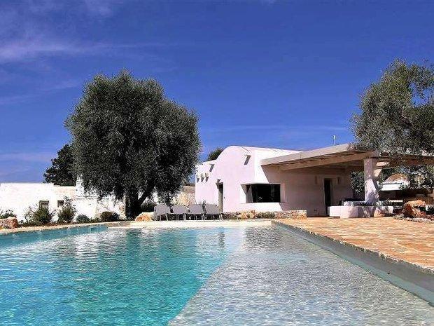 Villa in Ceglie Messapica, Apulia, Italy 1