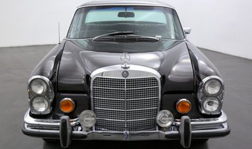 Mercedes-Benz 280SE Sunroof