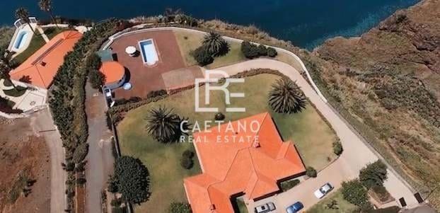 Villa in Estreito da Calheta, Madeira, Portugal 1