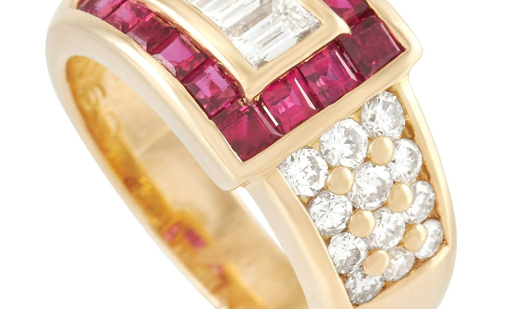 LB Exclusive LB Exclusive 18K Yellow Gold 0.95 ct Diamond and 1.04 ct Ruby Ring