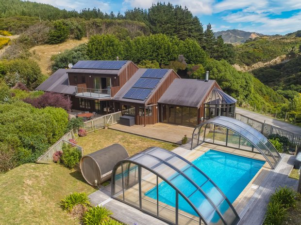 Land in Mākara, Wellington, New Zealand 1