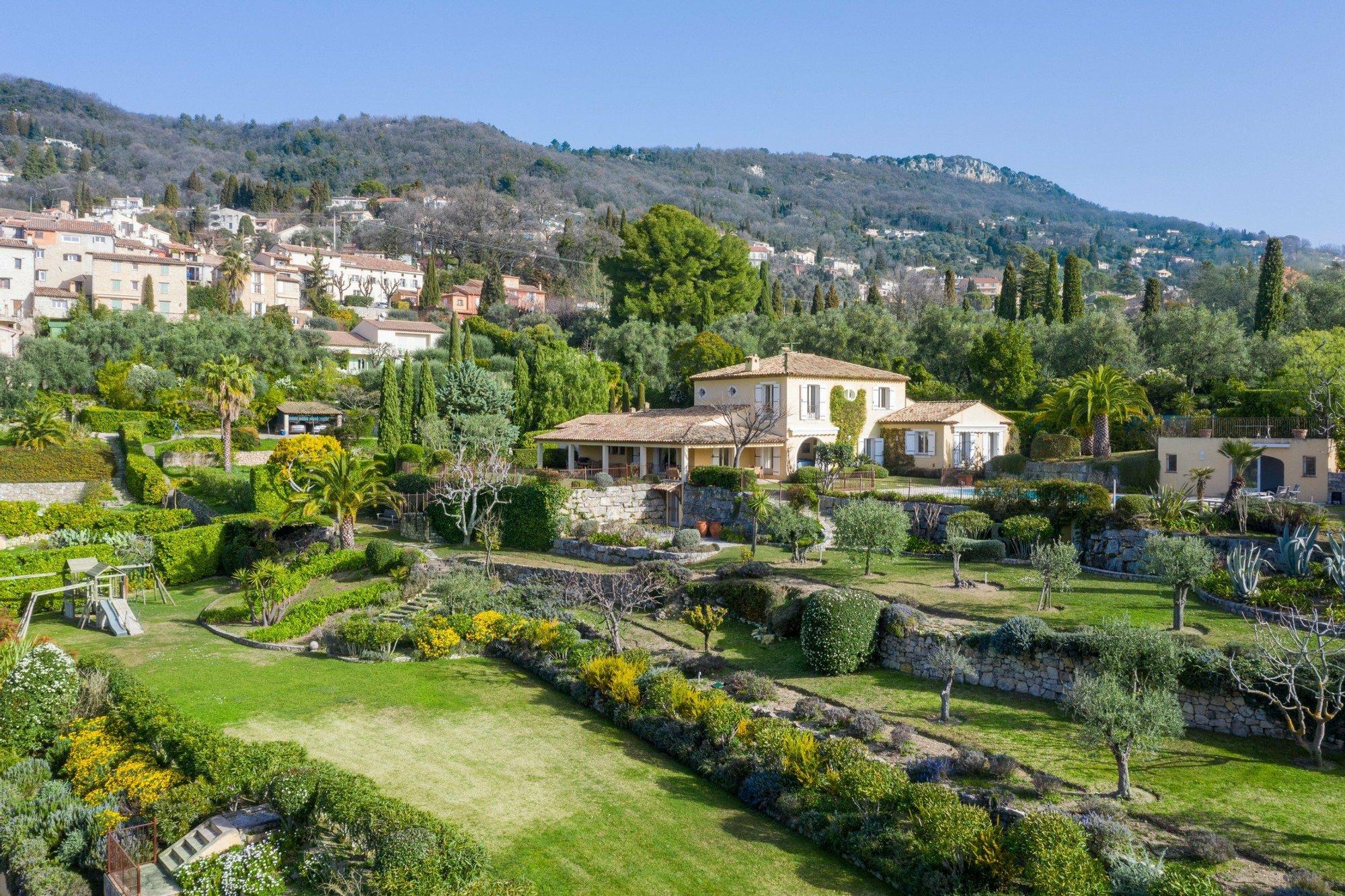 House in Grasse, Provence-Alpes-Côte d'Azur, France 1 - 11357949