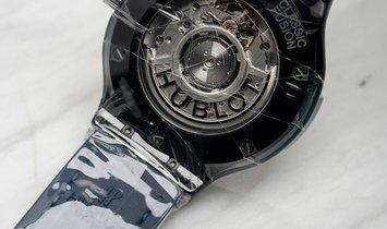 Hublot Classic Fusion 565.CM.7170.LR Blue Ceramic 38 mm