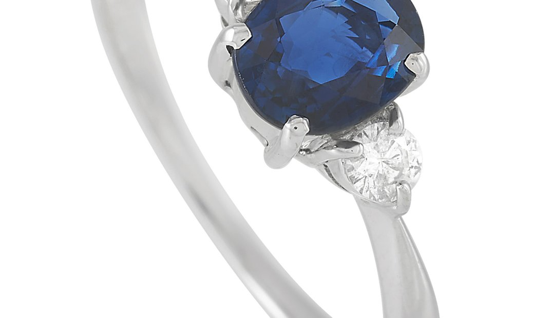 LB Exclusive LB Exclusive Platinum 0.15 ct Diamond and 1.17 ct Sapphire Ring