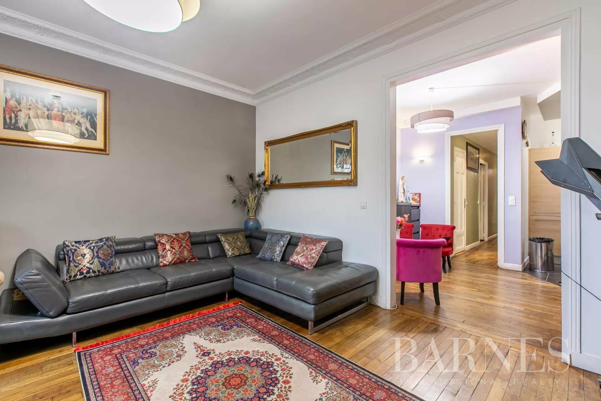 Apartment in Paris, Île-de-France, France 1 - 11359915