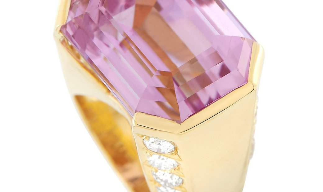 LB Exclusive LB Exclusive 18K Yellow Gold 2.05 ct Diamond and 20.05 ct Kunzite Ring