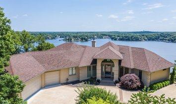 House in Lake Ozark, Missouri, United States 1