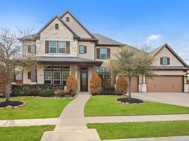 House in Cypress, Texas, United States 1