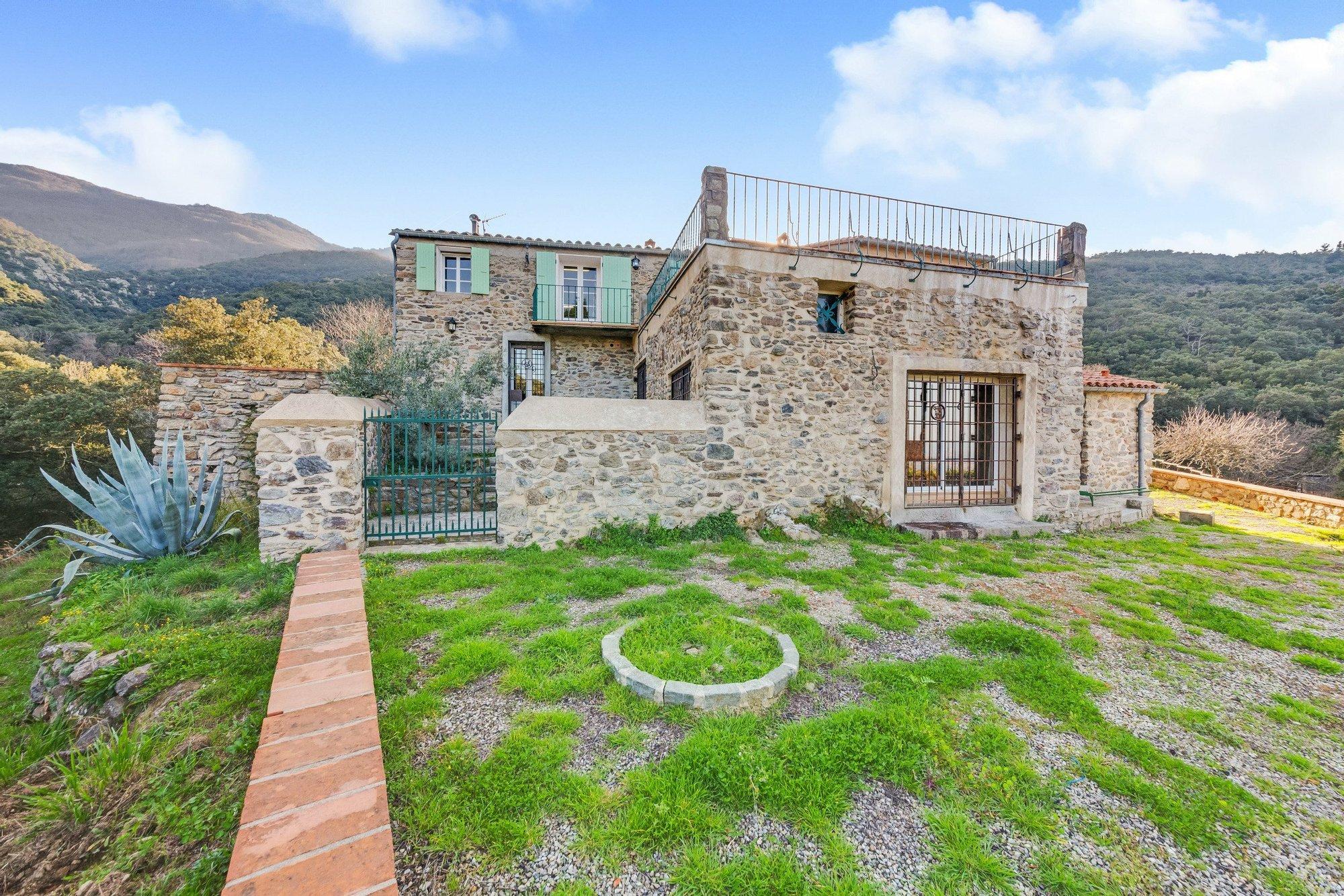 House in Perpignan, Occitanie, France 1 - 11358598