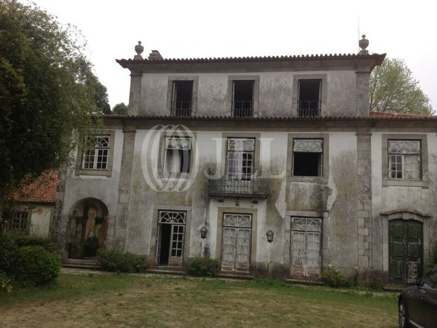Farm Ranch in São Mamede de Infesta, Porto, Portugal 1