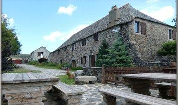 Casa a Les Estables, Alvernia-Rodano-Alpi, Francia 1