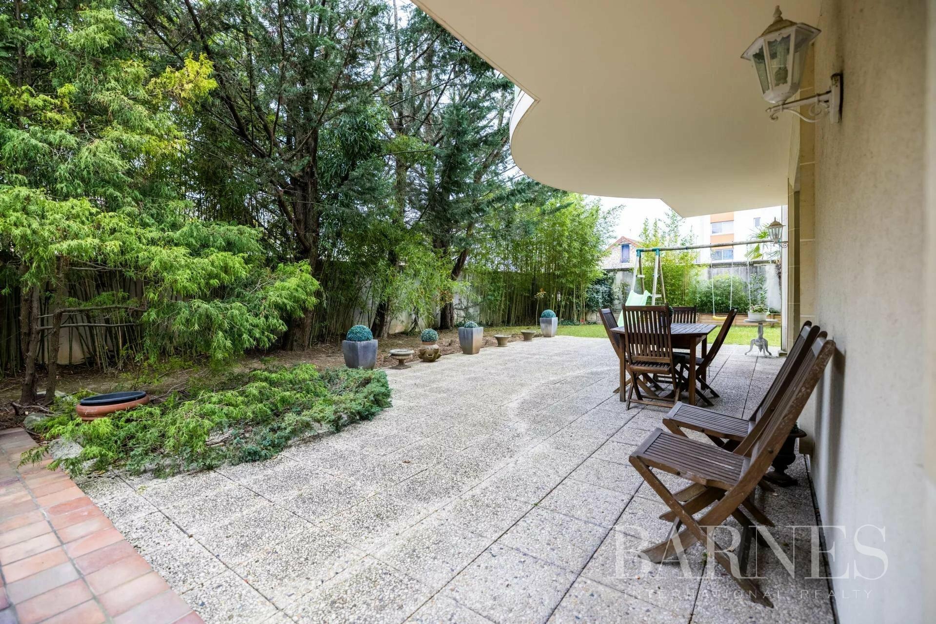 Apartment in Saint-Maur-des-Fossés, Île-de-France, France 1