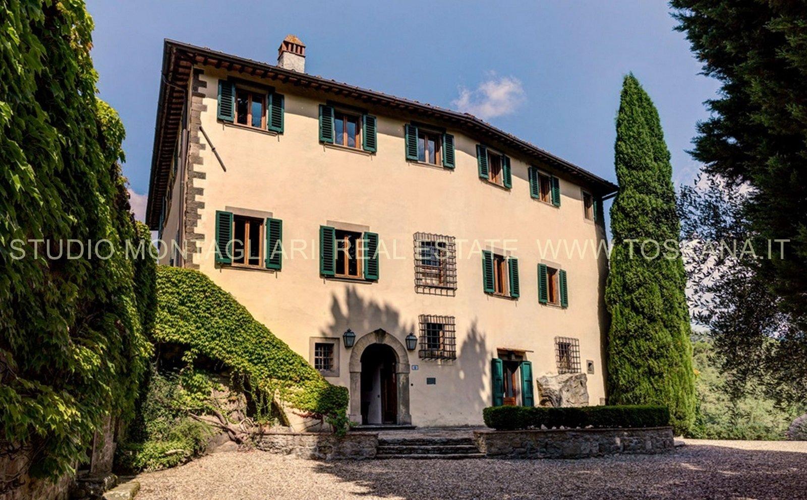 Villa in Greve in Chianti, Tuscany, Italy 1 - 11367086