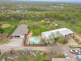 Farm Ranch in Coupland, Texas, United States 1