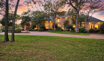 House in Arlington, Texas, United States 1
