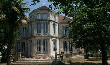 Дом в Ажен, Нувель-Акитэн, Франция 1