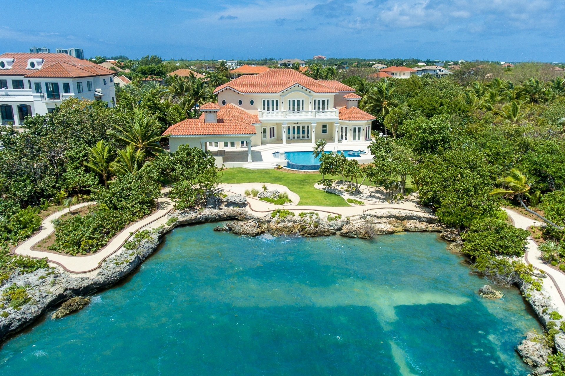 House in West Bay, Cayman Islands 1 - 11310244