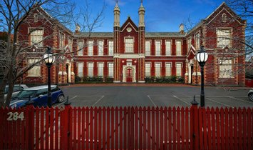Condo in South Melbourne, Victoria, Australia 1