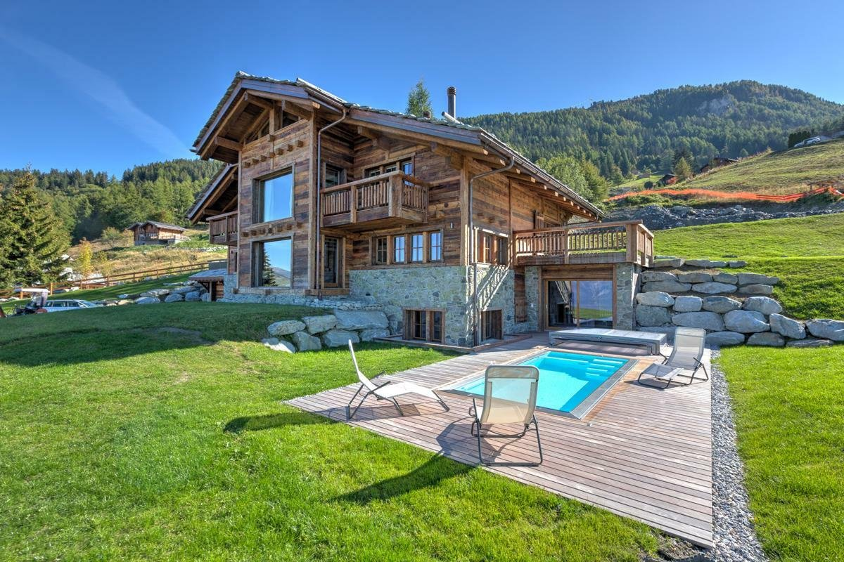 House in Nendaz, Valais, Switzerland 1