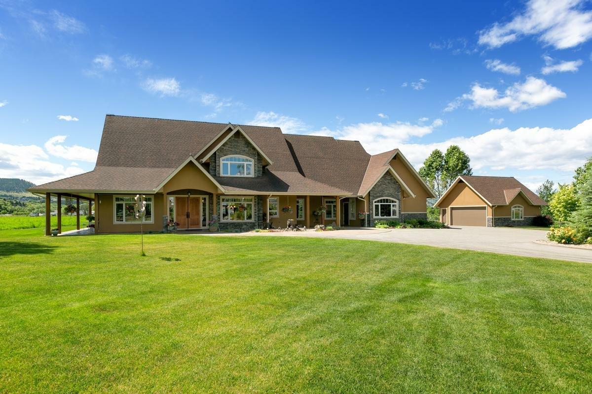 House in Kelowna, British Columbia, Canada 1 - 11309413