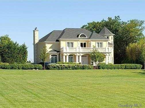 House in Jamesport, New York, United States 1