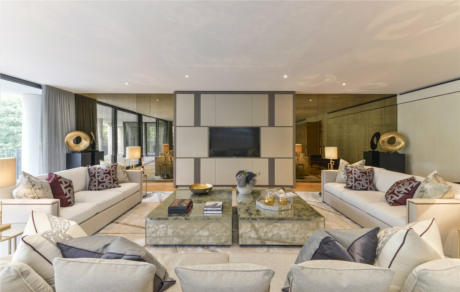 Condo in London, England, United Kingdom 1