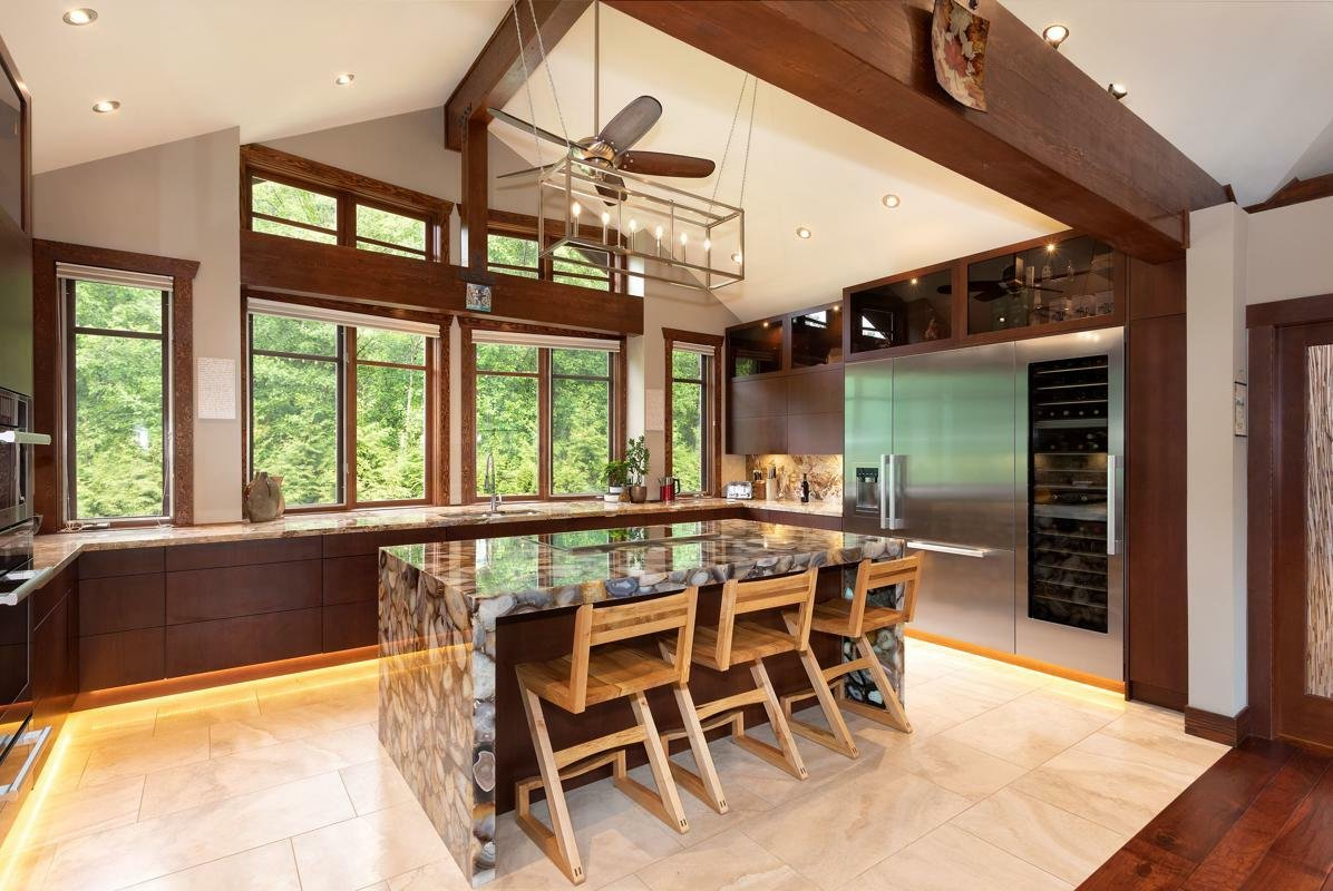 House in Whistler, British Columbia, Canada 1 - 11309986
