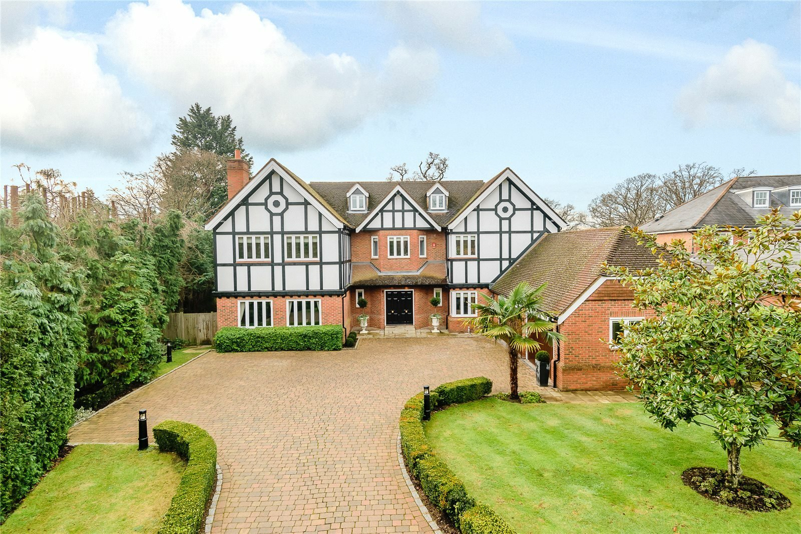 House in Gerrards Cross, England, United Kingdom 1