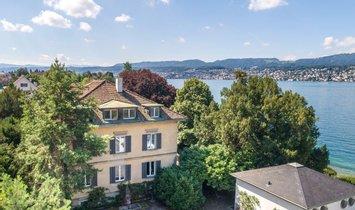 House in Küsnacht, Zürich, Switzerland 1