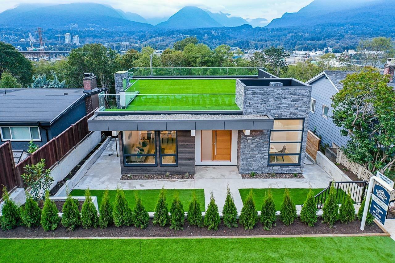 House in Burnaby, British Columbia, Canada 1