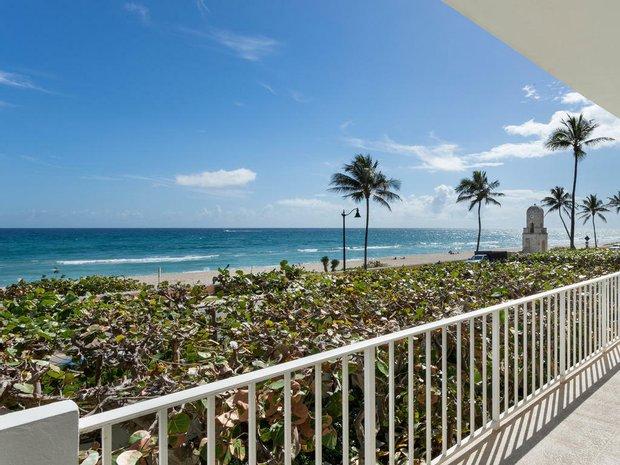 Condo in Palm Beach, Florida, United States 1