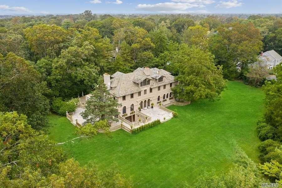 House in Hewlett, New York, United States 1 - 11316380