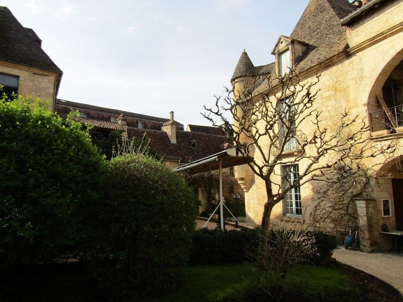 House in Sarlat-la-Canéda, Nouvelle-Aquitaine, France 1 - 11373928