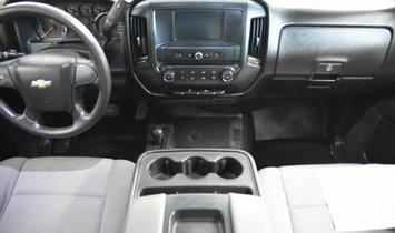 2018 Chevrolet Silverado 1500 Crew Cab LS Pickup 4D 5 3/4 ft