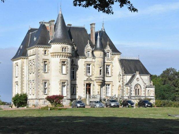 Castle in Fontenay-le-Comte, Pays de la Loire, France 1