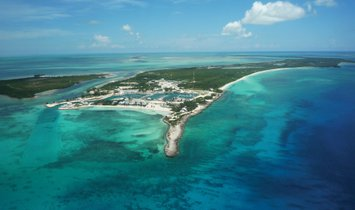 Land in Berry Islands, Bahamas 1