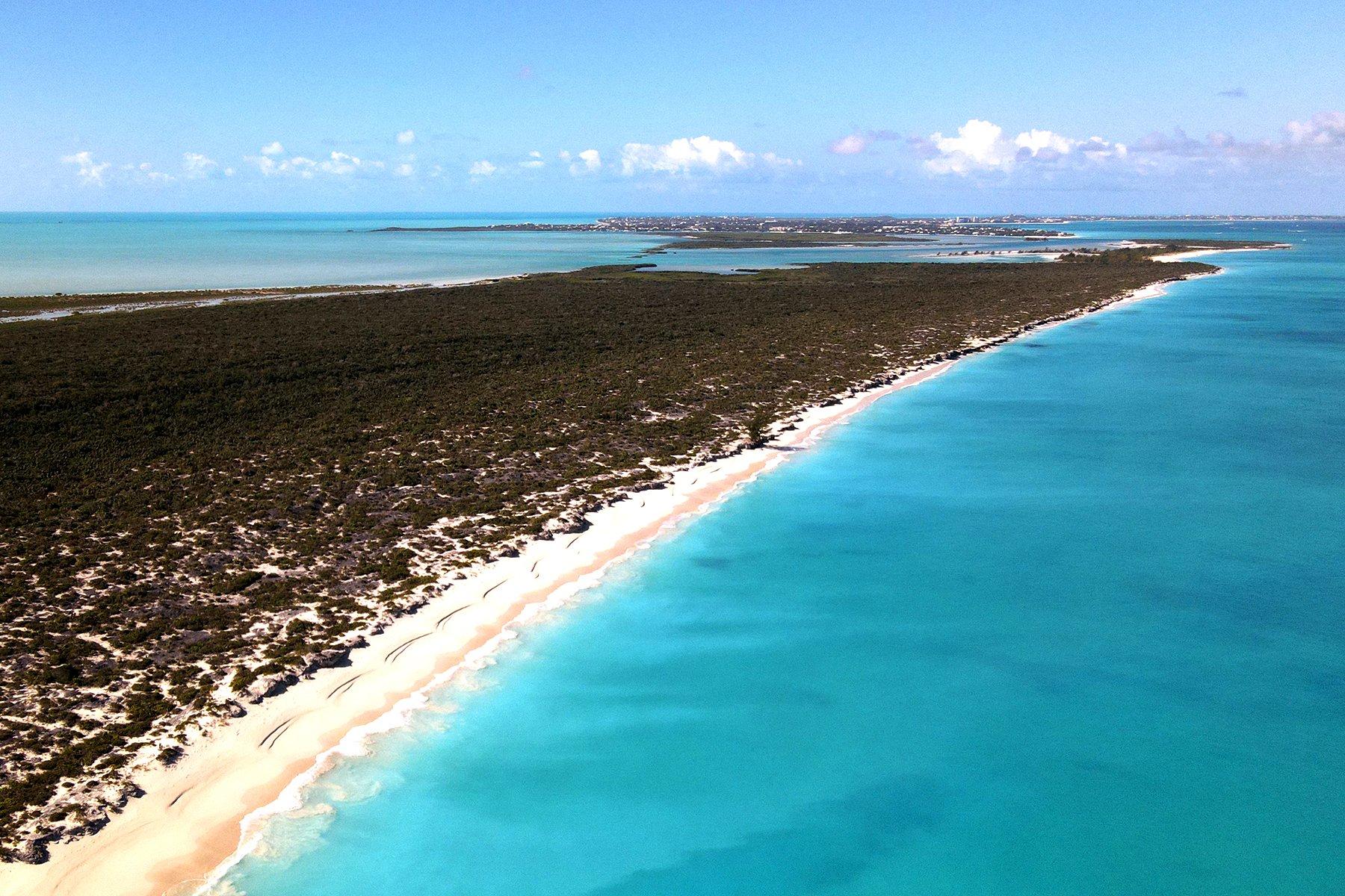 Land in Leeward Settlement, Caicos Islands, Turks and Caicos Islands 1 - 11378869