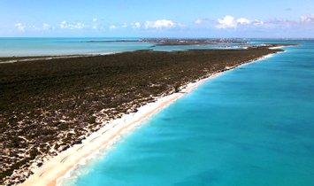 Land in Leeward Settlement, Caicos Islands, Turks and Caicos Islands 1