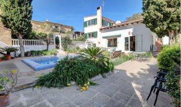 Villa in Calvià, Balearic Islands, Spain 1