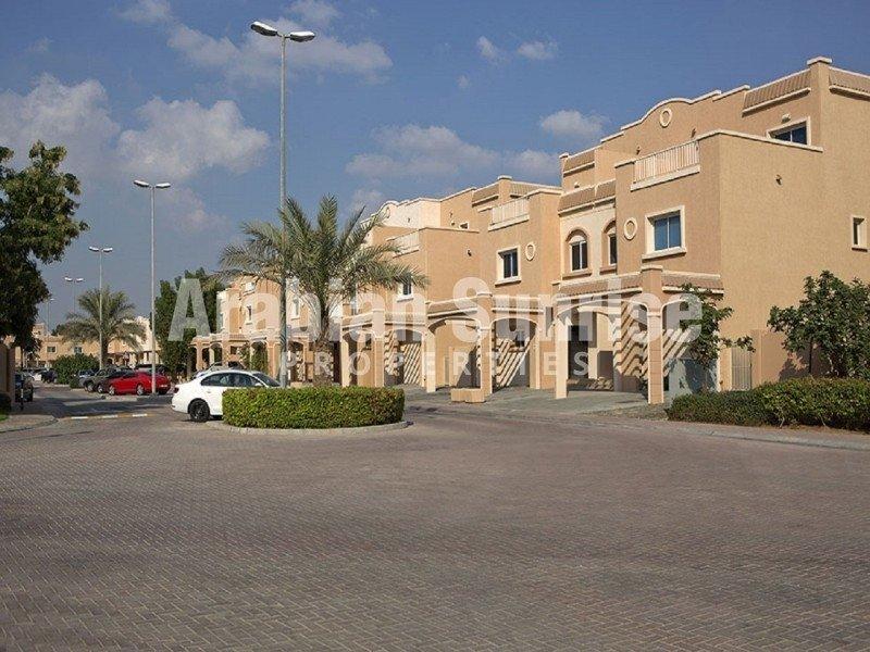 Villa in Abu Dhabi, Abu Dhabi, United Arab Emirates 1 - 11379999