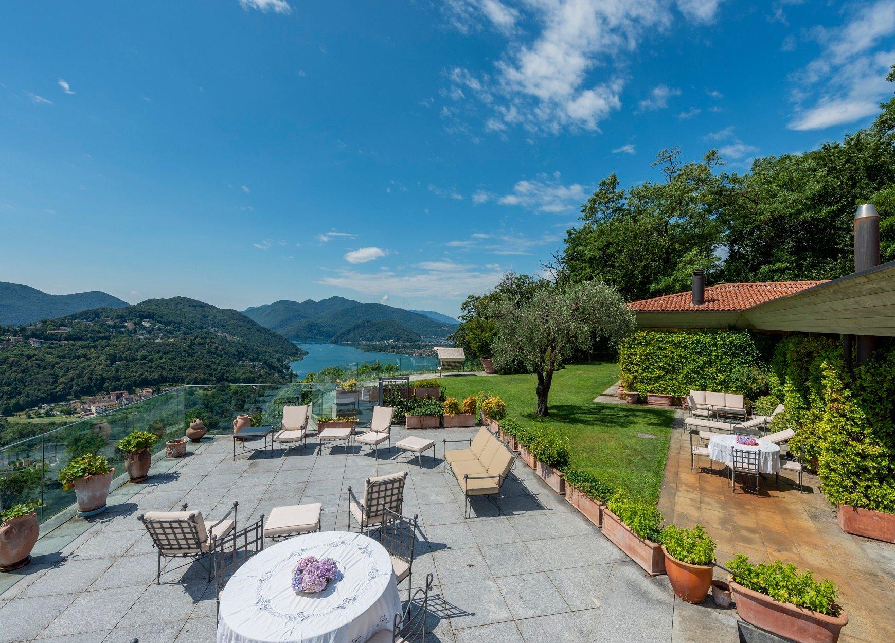 Villa in Lugano, Ticino, Switzerland 1 - 11381282