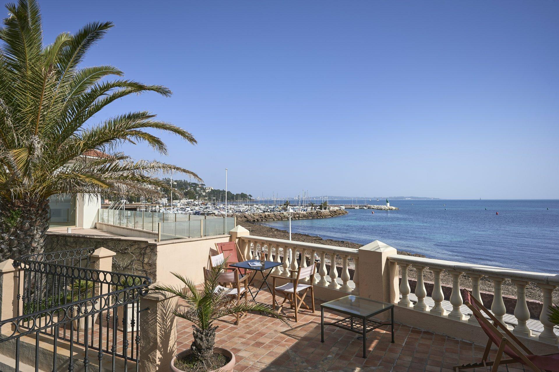 House in Cannes, Provence-Alpes-Côte d'Azur, France 1 - 11381669