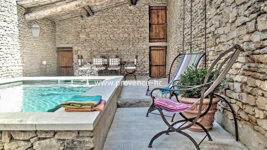 House in Cabrières-d'Avignon, Provence-Alpes-Côte d'Azur, France 1
