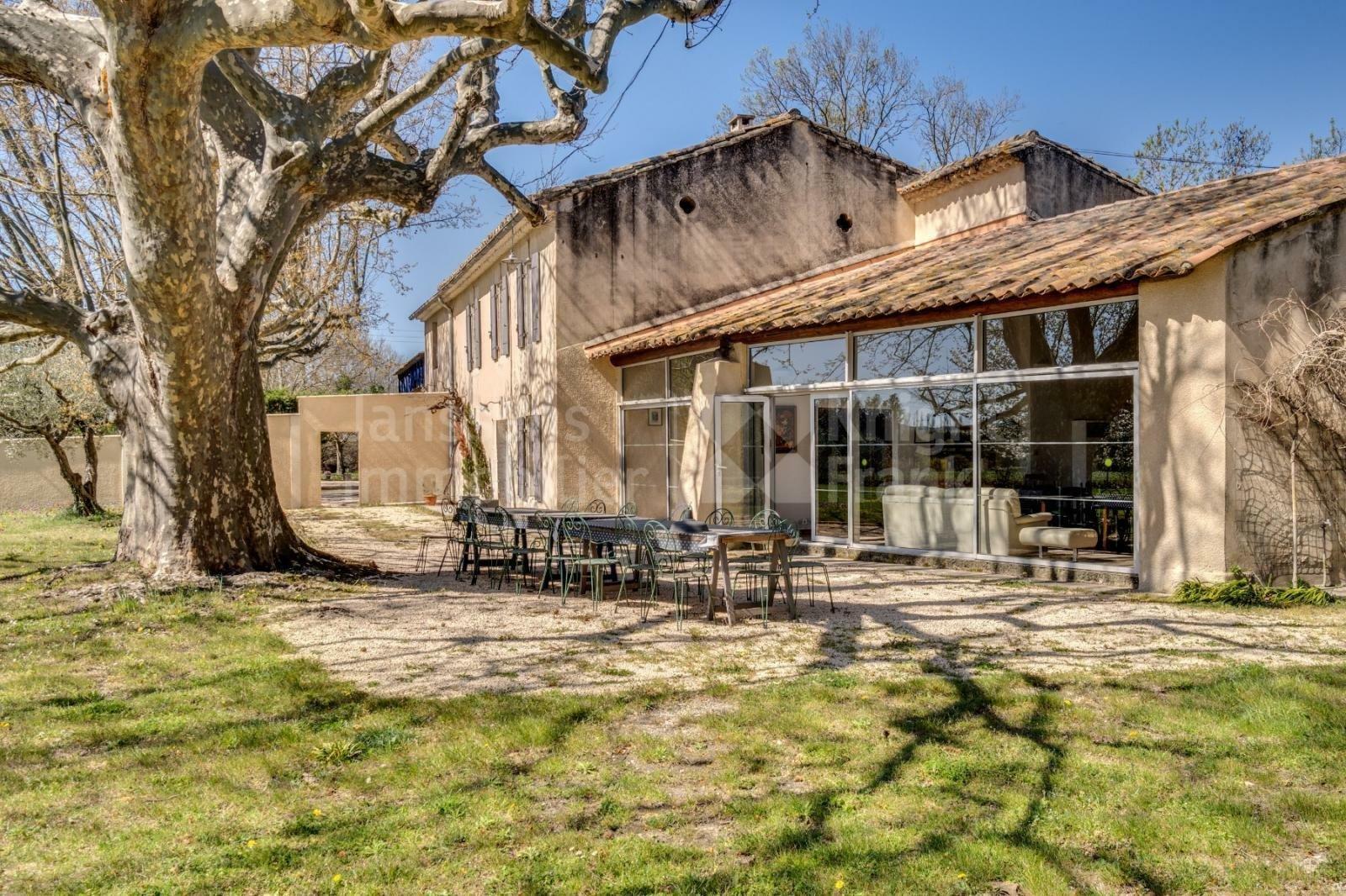 Villa in Mollégès, Provence-Alpes-Côte d'Azur, France 1