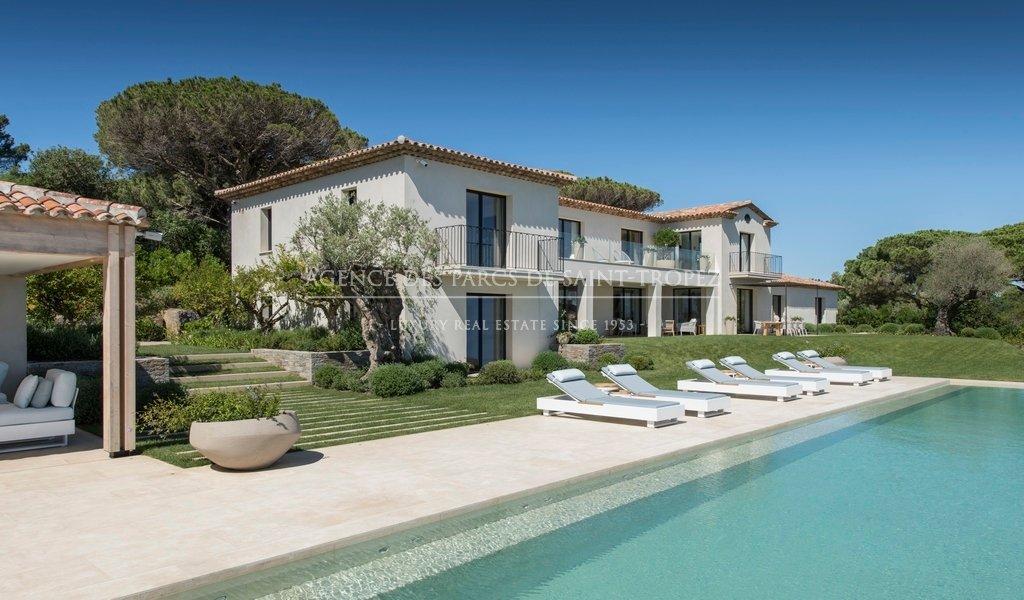 Villa in Saint-Tropez, Provence-Alpes-Côte d'Azur, France 1 - 11017923