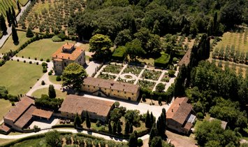 Estate in Florence, Tuscany, Italy 1